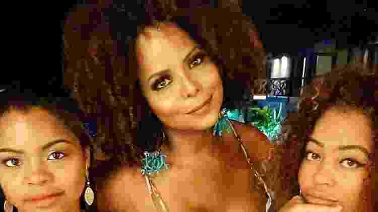 Bombom com as filhas Thalita e Olívia - Reprodução/Instagram - Reprodução/Instagram