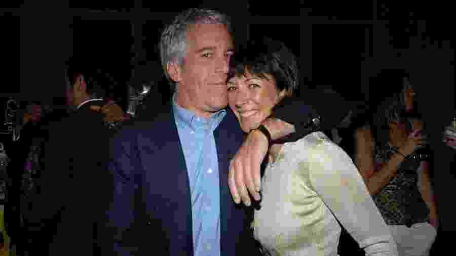 Jeffrey Epstein e Ghislaine Maxwell em foto de 2005 - Patrick McMullan via Getty Image