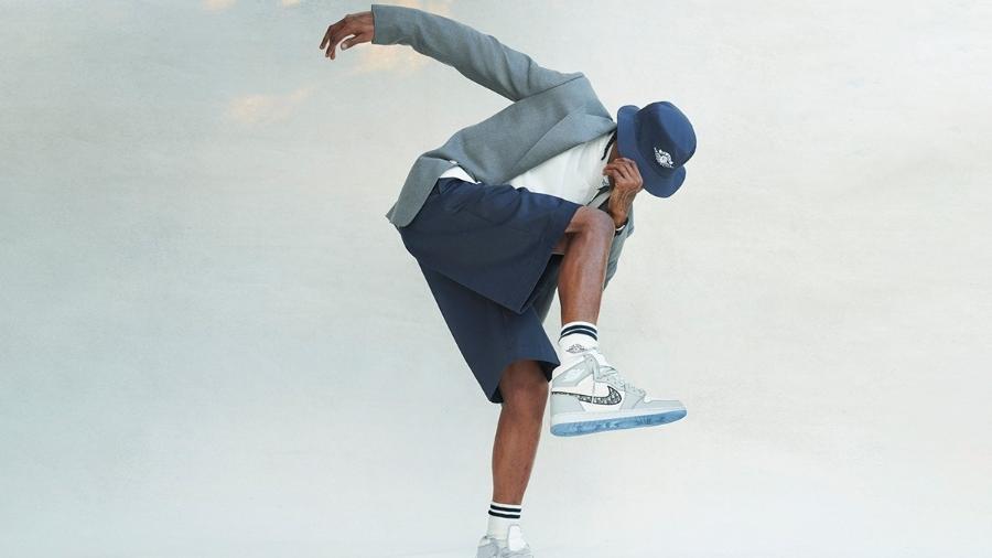 Campanha da parceria entre a Nike e a Dior para o sneaker protagonizada por Travis Scott - Divulgação