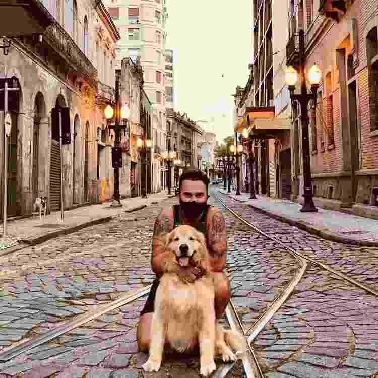 Jesse e seu companheiro na pandemia, em Santos - Reprodução/Instagram - Reprodução/Instagram