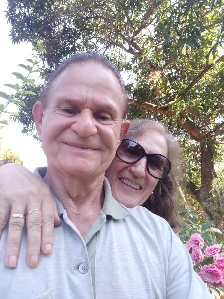 Antonia, 66, e Gonçalo, 81: após três meses de convivência, o casamento aconteceu - Arquivo pessoal