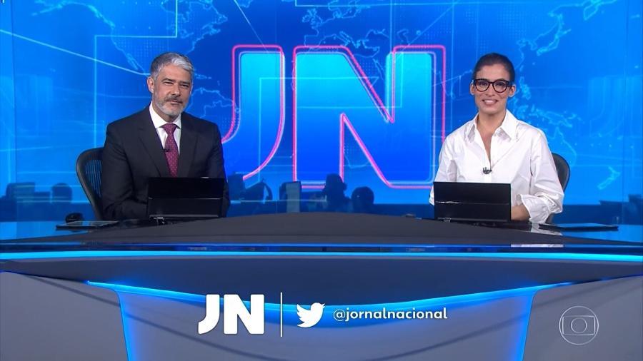 """William Bonner quase esqueceu do """"boa noite"""" no Jornal Nacional - Reprodução/TV Globo"""