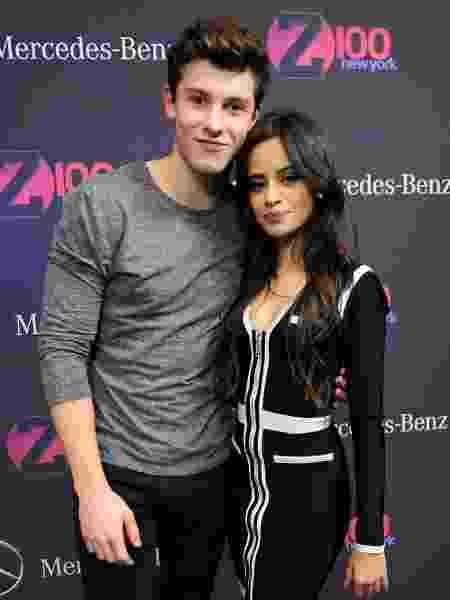 11.dez.2015 - Os cantores Shawn Mendes e Camila Cabello em evento no Madison Square Garden, em Nova York - Brad Barket/Getty Images for iHeartMedia