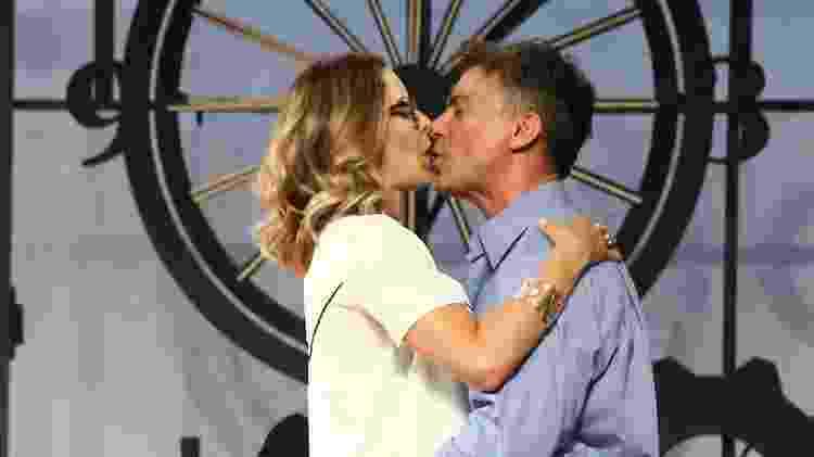 """Leonardo Vieira beija Bianca Rinaldi em cena de """"Nove Em Ponto"""" - Manuela Scarpa e Marcos Ribas/Brazil News - Manuela Scarpa e Marcos Ribas/Brazil News"""