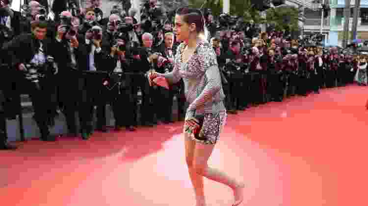 Kristen Stewart desfila mais à vontade em Cannes - Valery Hache/AFP Photo - Valery Hache/AFP Photo
