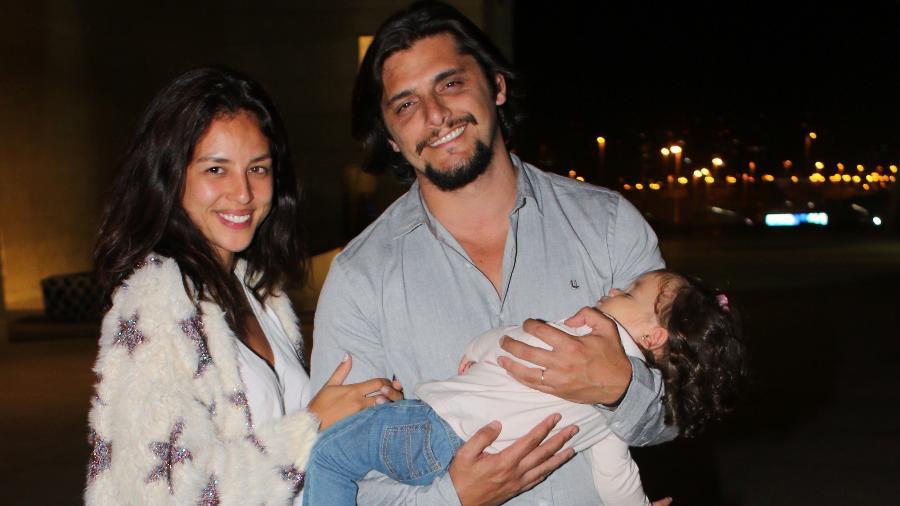 Yanna Lavigne e Bruno Gissoni com a filha Madalena - Eny Miranda/Divulgação