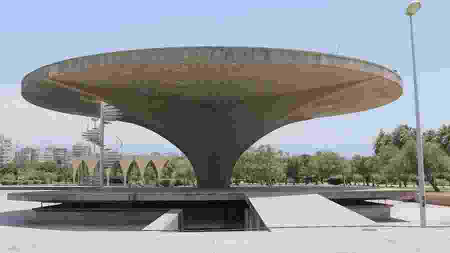 Museu do espaço dentro da Feira de Trípoli - Alexi Abou Sleiman