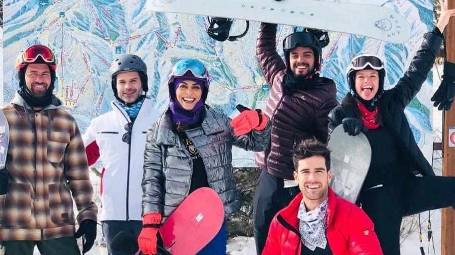 Eduardo Baptista, um amigo dos atores, Juliana Paes, Agatha Moreira, Rodrigo Simas e Marcos Pitombo - Reprodução/Instagram