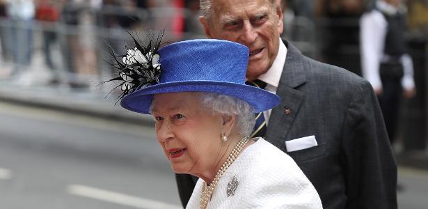 c77fe75b8 Rainha Elizabeth usa sua bolsa favorita há pelo menos 50 anos; veja qual é  - 10/01/2019 - UOL Universa