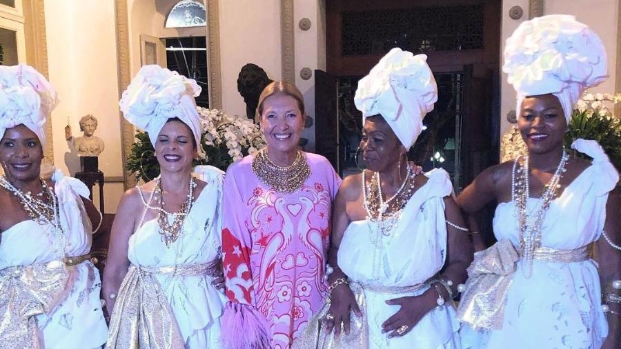 2b3a25847 Após polêmica sobre racismo em festa, Baile da Vogue é adiado ...