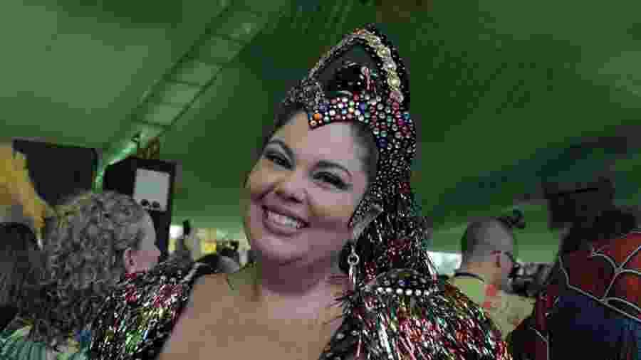 A atriz Fabiana Karla também acompanhou a edição deste ano do Galo da Madrugada - Alcione Ferreira/UOL
