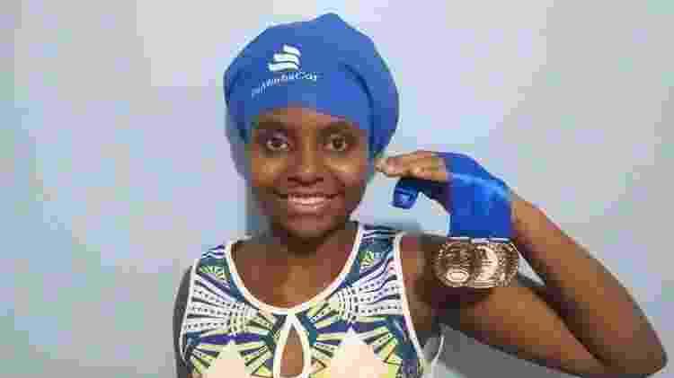 Primeira cliente, Sofia Dionízio conseguiu manter tranças no cabelo e ainda conquistar medalhas - Arquivo Pessoal