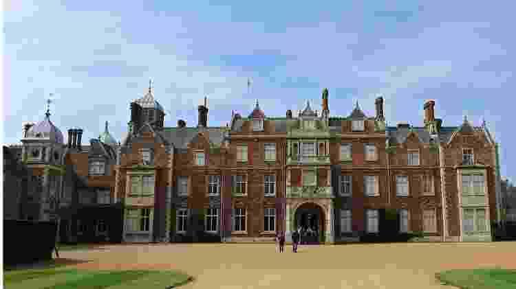 Rainha Elizabeth 2ª e os príncipes Charles, Harry e William participarão de 'cúpula' na casa de campo da rainha, Sandringham House, em Norfolk - Getty Images
