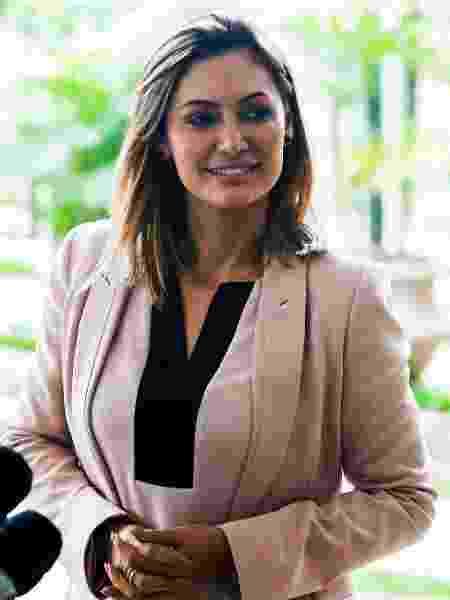 A primeira-dama, Michelle Bolsonaro, teve o nome registrado em depósitos feitos pelo ex-assessor de Flávio Bolsonaro, Fabrício Queiroz - Divulgação
