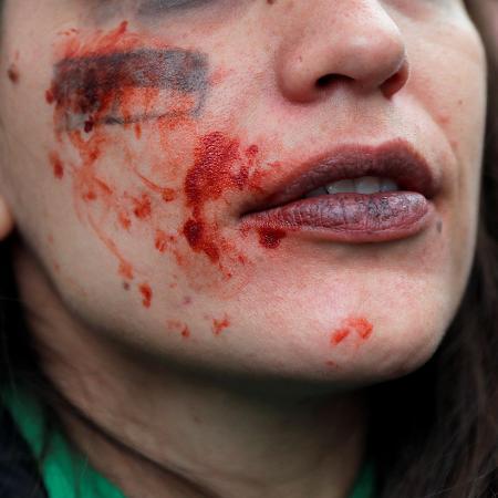 Governo argentino e Confederação Farmacêutica do país lançaram campanha para proteger mulheres - Susana Vera/Reuters