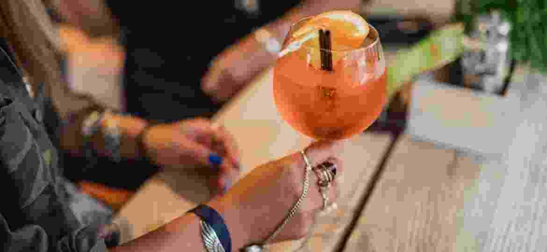 Quer dar um tempo no álcool? Coquetéis de mentirinha ajudam nessa empreitada - Getty Images