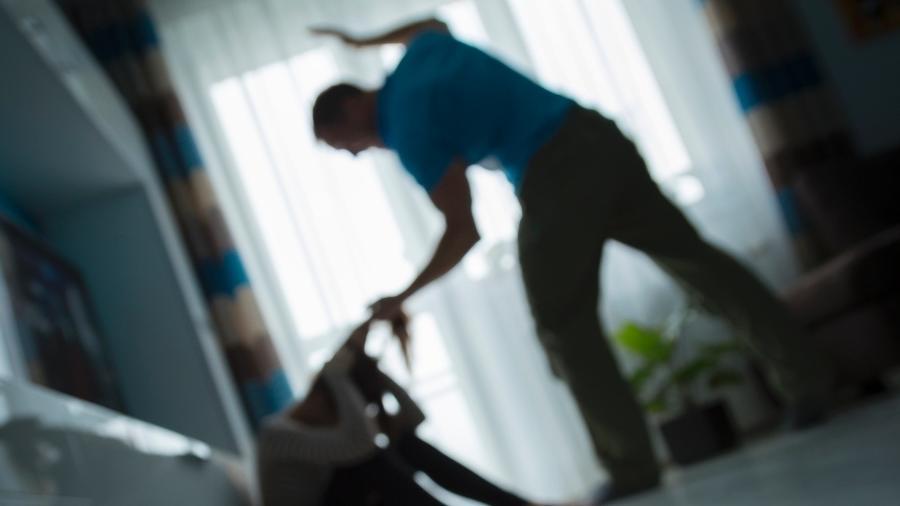 Violência doméstica custa até R$ 1 bilhão ao país, segundo pesquisa - iStock