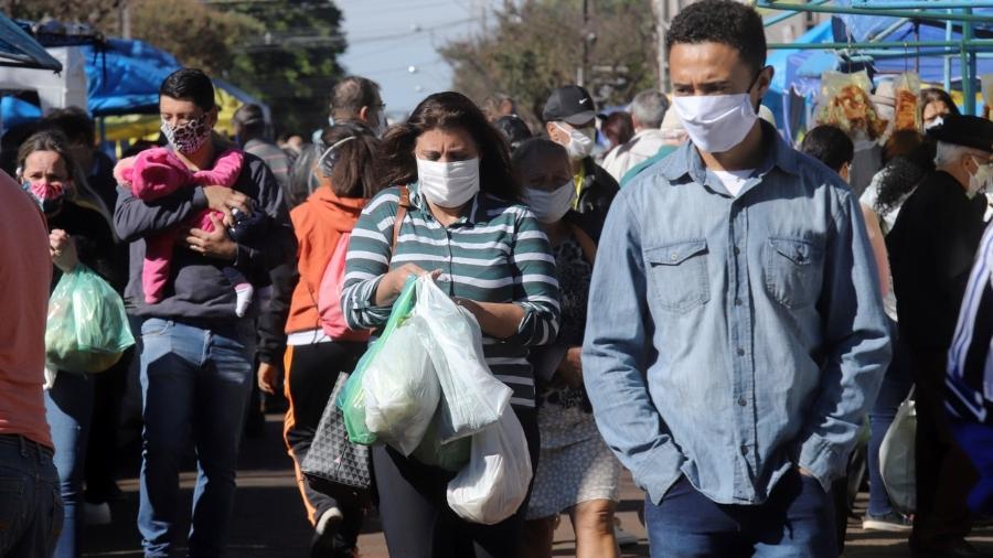 Foram mantidos trechos que regulamentam medidas de isolamento, quarentena, restrição à locomoção e uso de máscaras - iStock