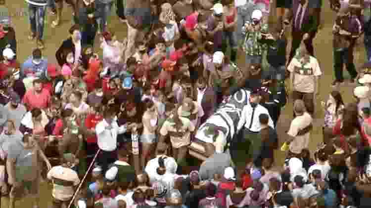 Corpo de MC Kevin é sepultado em São Paulo - Reprodução/RecordTV - Reprodução/RecordTV