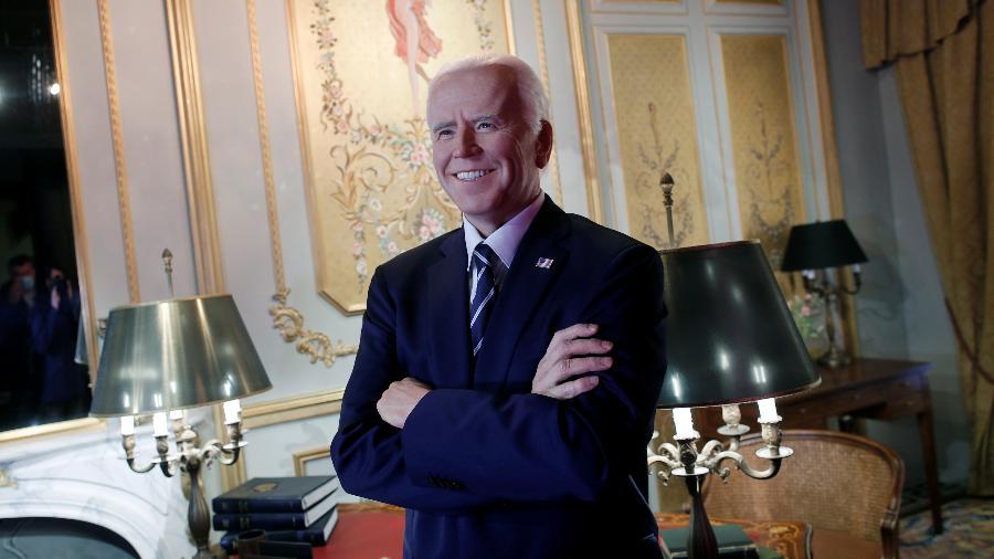 Museu de cera de Paris reabre com estátua de Joe Biden sorridente - BENOIT TESSIER/REUTERS