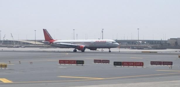 Contrabandistas escondem ouro sob os assentos dos aviões que viajam à Índia - Kurush Pawar/Creative Commons