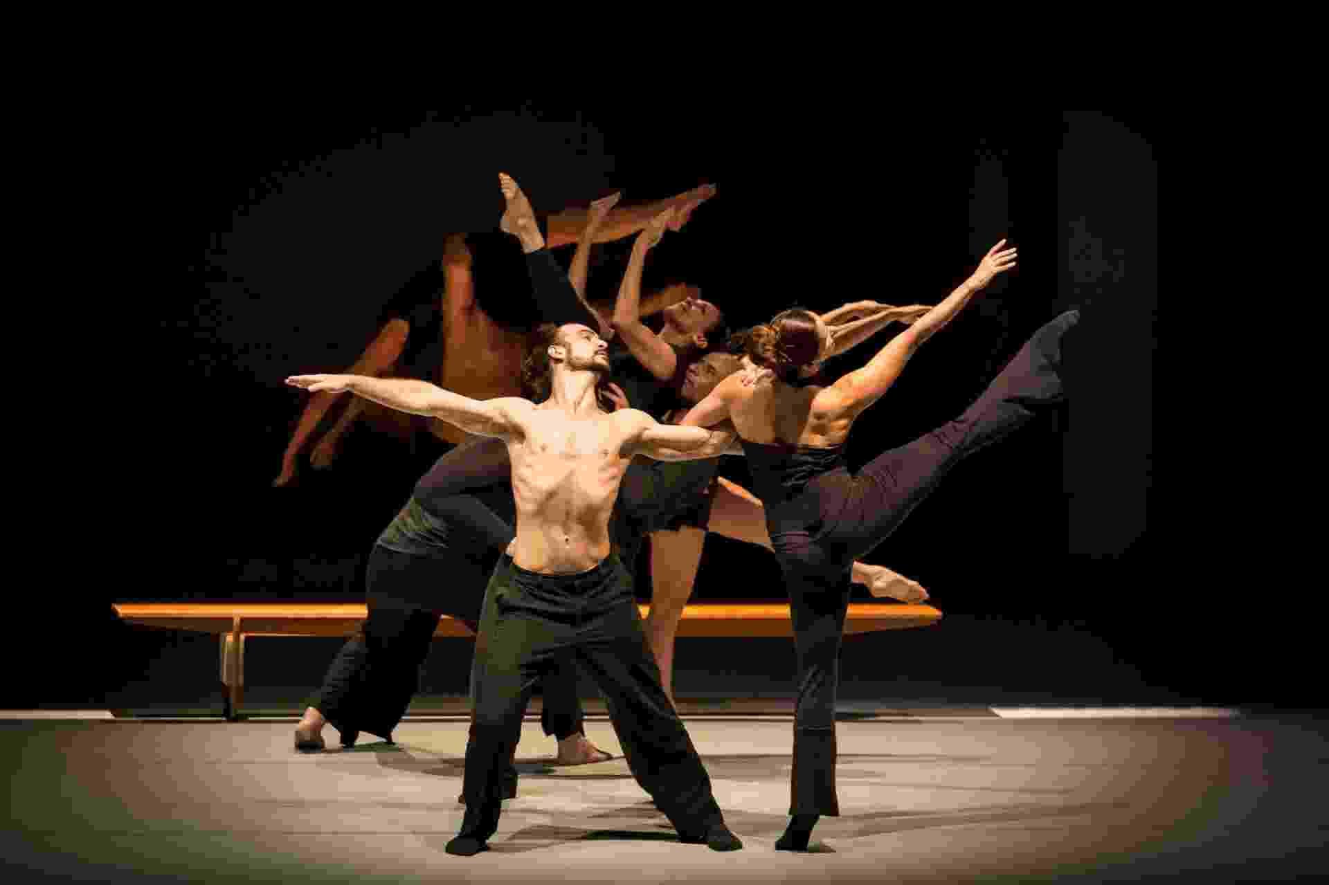 """Espetáculo de dança """"Sala de Ensaio"""" que chega dia 15 de abril ao Auditório Masp - Renan Livi - Produtora BolhaSet"""