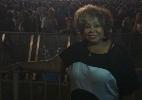 Convidada por Axl, Alcione assiste ao show do Guns N