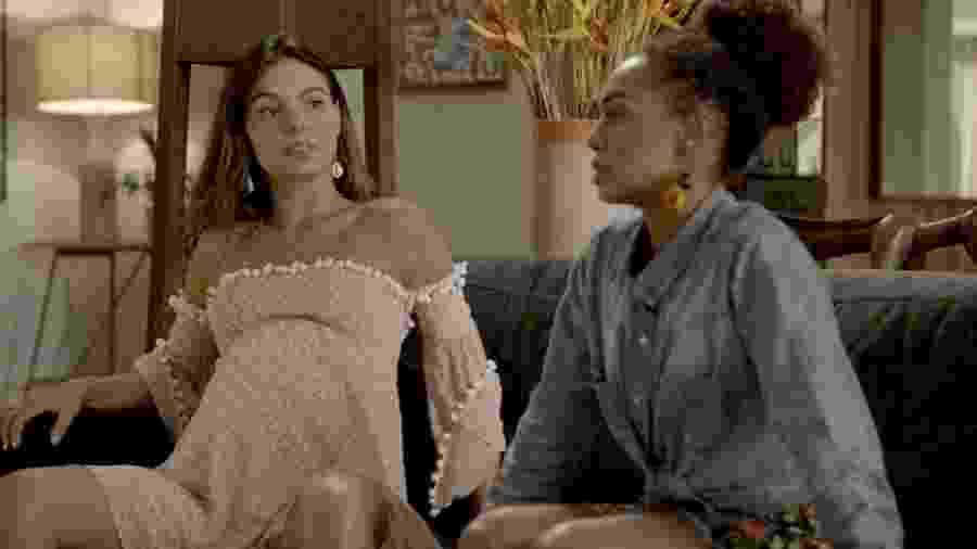 """Ritinha (Isis Valverde) e Marilda (Dandara Mariana) em """"A Força do Querer"""" - Reprodução/GShow"""