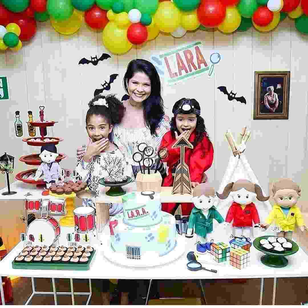 Mãe de Alicia e de Lara, frutos da sua união com o jogador de basquete Leandrinho, Samara Felippo comemorou os cinco anos da caçula com o tema detetive - Divulgação/Instagram