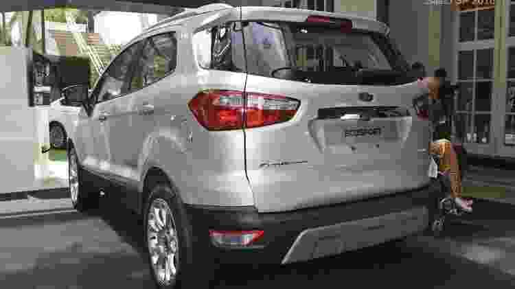 EcoSport sem estepe ficou com mesmo visual do SUV vendido nos EUA e Europa - Murilo Góes/UOL