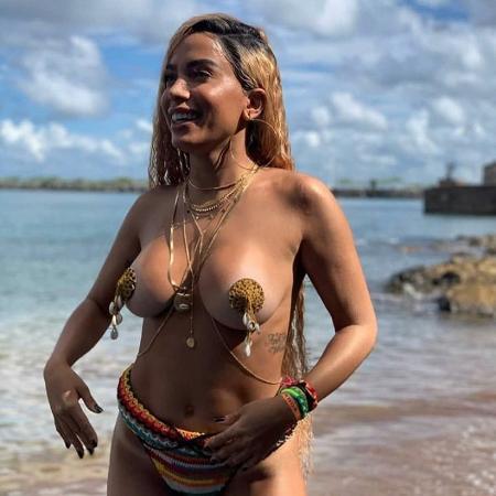 Anitta durante gravação de clipe - Reprodução/Instagram