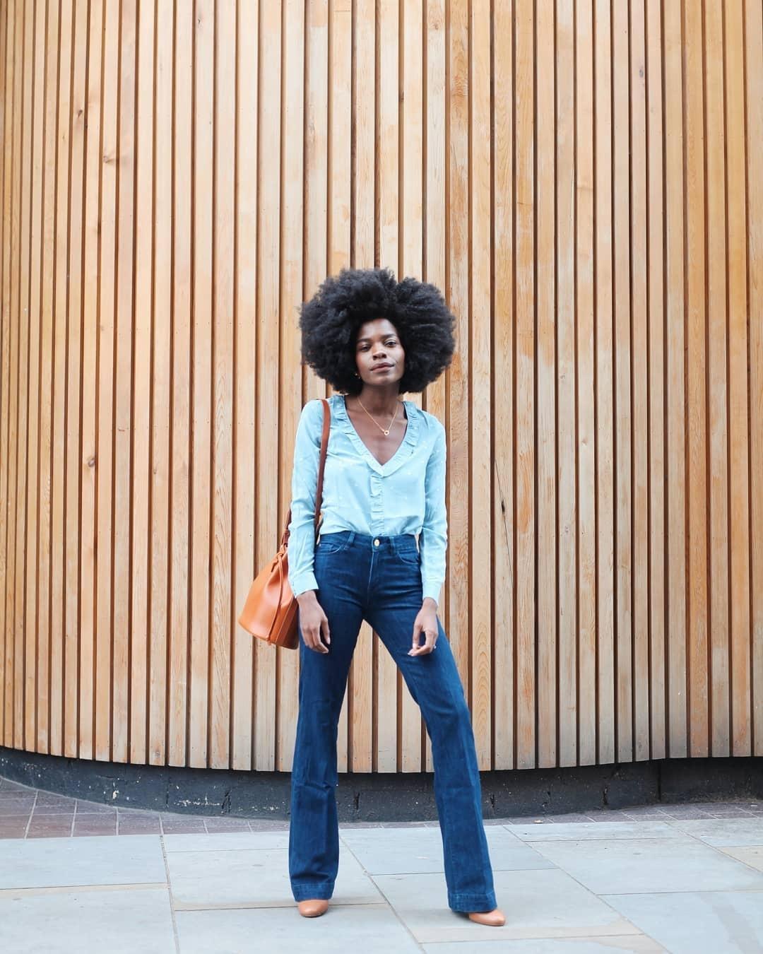 26ad94091 Calça jeans no trabalho: como levar a peça para o look do escritório -  31/05/2019 - UOL Universa