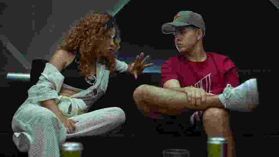 MC Dondoka (Leilah Moreno) e MC Doni (Jottapê) em cena de Sintonia  - Rafael Morse/Netflix