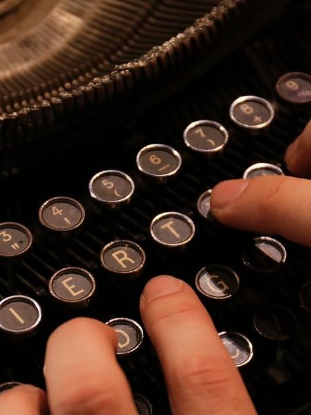 Máquina de escrever - Getty Images/iStockphoto