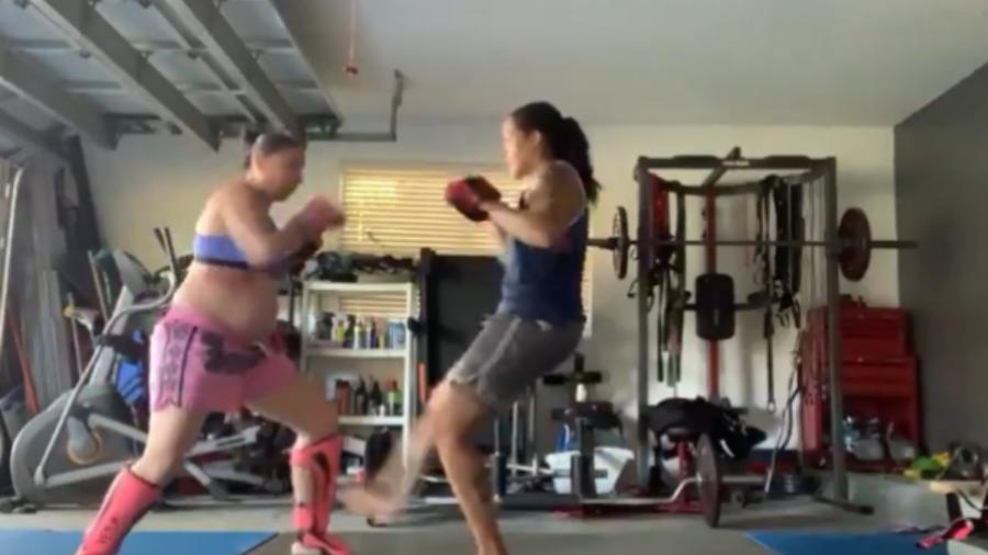 Amanda Nunes treina com a mulher, Nina Ansaroff - Reprodução/Instagram