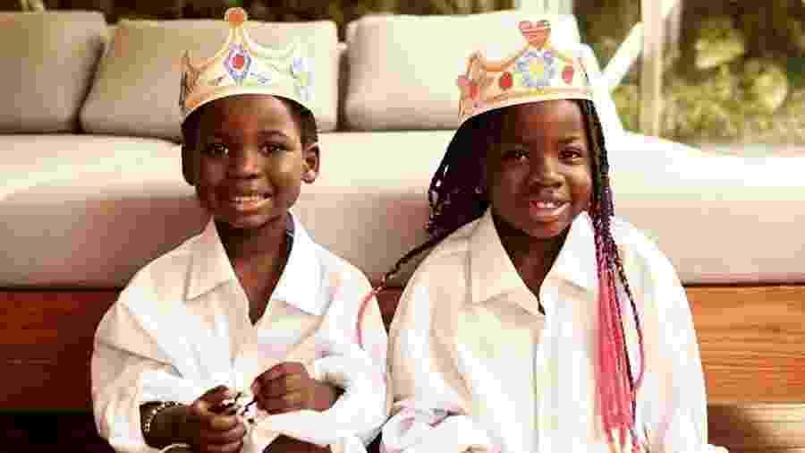 Bless, 5 anos, e Titi, 7, filhos de Giovanna Ewbank e Bruno Gagliasso - Reprodução/Instagram