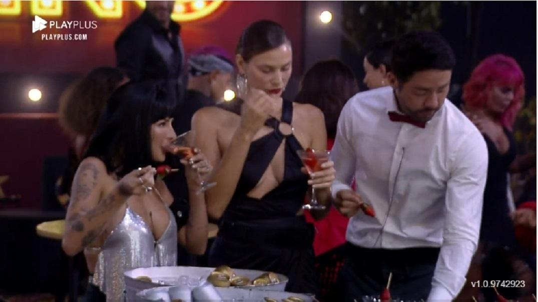 Farm 2021: Dayane at a casino party - Reproduction / Playplus