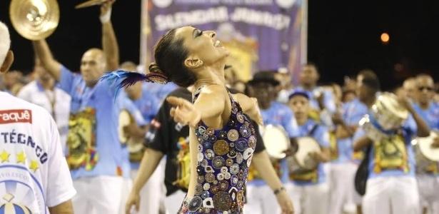 Sabrina Sato, rainha de bateria, participa de ensaio técnico da Vila Isabel, no Rio