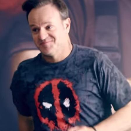 """Rubens Barrichello no vídeo promocional de """"Deadpool 2"""" - Divulgação"""