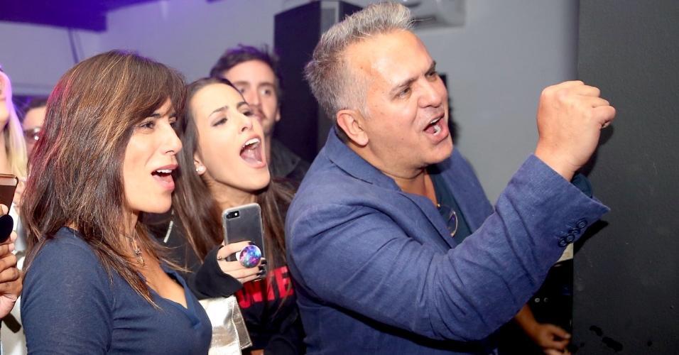 Glória Pires e Ana Morais vibram com o primeiro show de Cleo como cantora