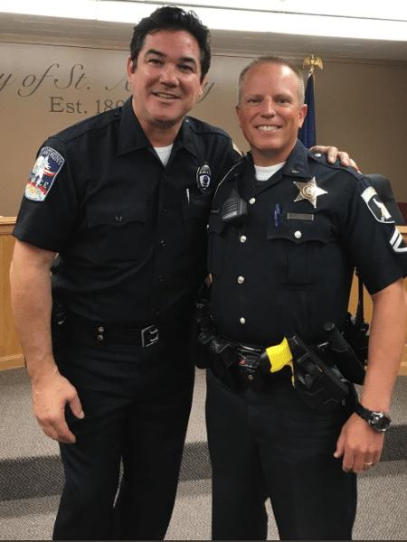 Dean Cain se junta a polícia em cidade de Idaho - Reprodução/Twitter