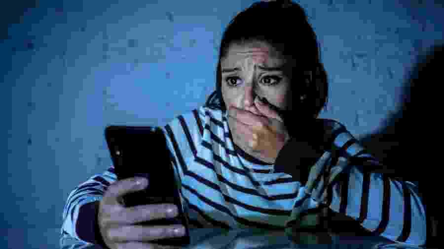 Ficar fuçando nas redes sociais do ex pode ser prejudicial para você mesmo - iStock