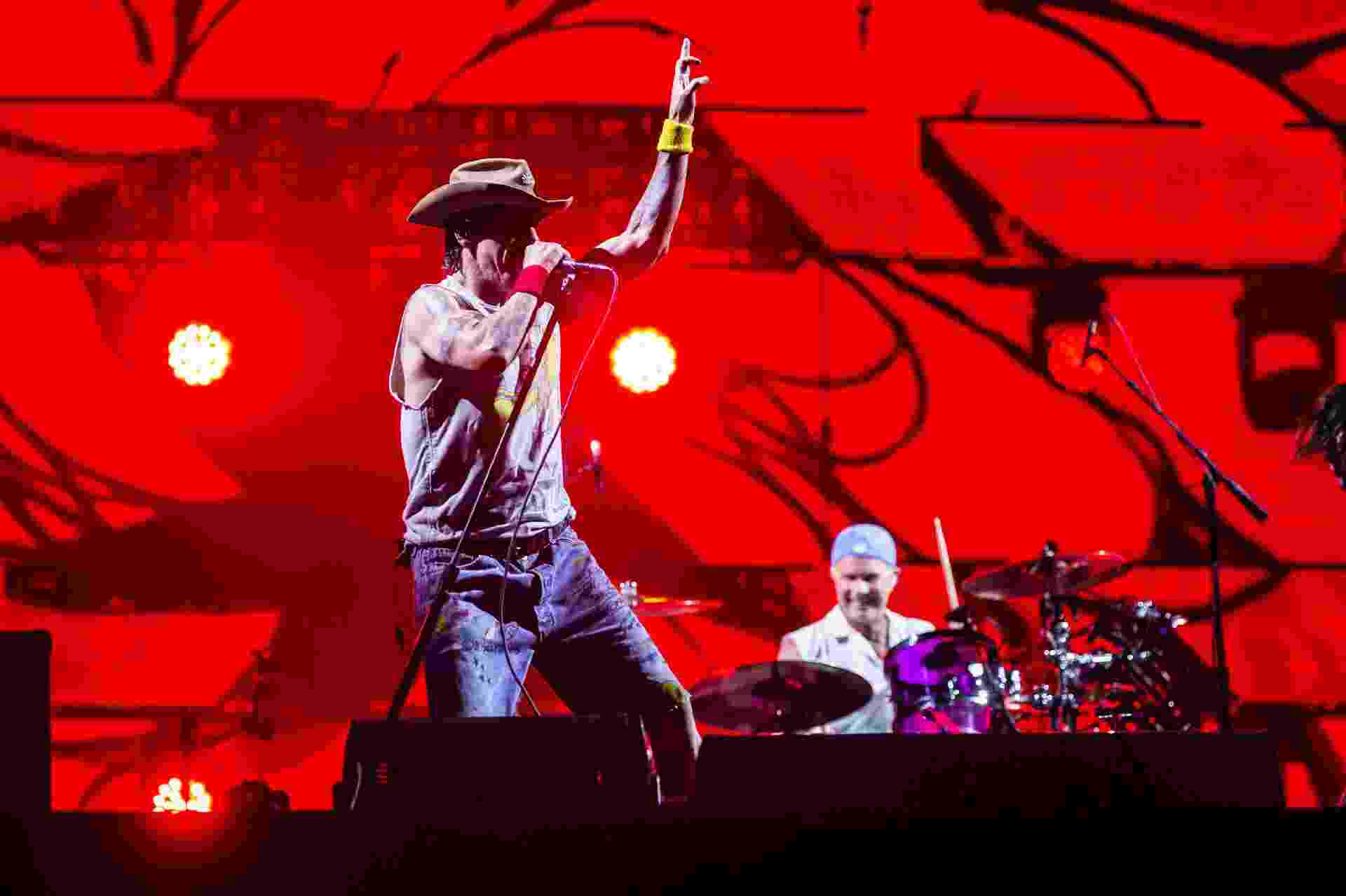 Vocalista Anthony Kiedis durante show da banda Red Hot Chili Peppers no Rock in Rio - Adriano Vizoni/Folhapress