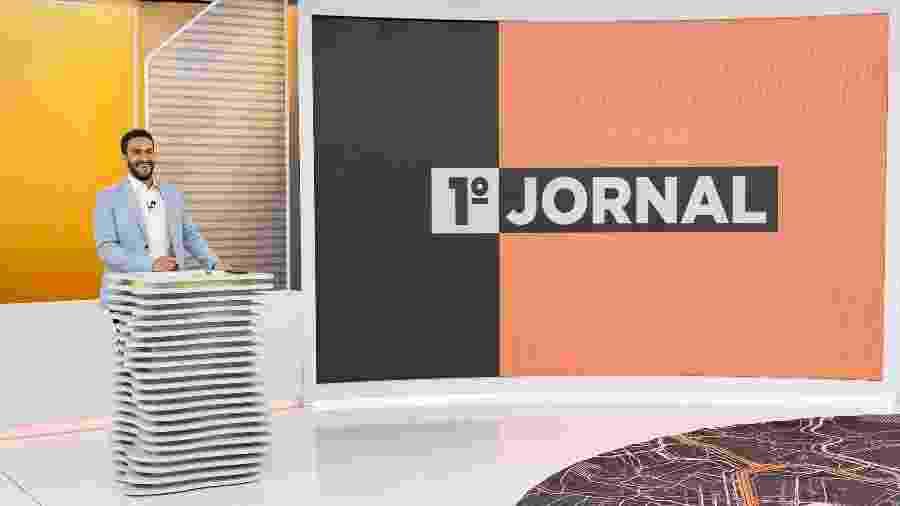 """João Paulo Vergueiro, apresentador do """"1º Jornal"""", que vai ao ar às 3h45, na Band - Divulgação / Band / Kelly Fuzaro"""