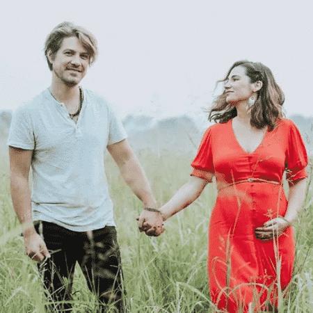 Taylor Hanson e Natalie Hanson estão esperando o sétimo filho - Reprodução / Instagram
