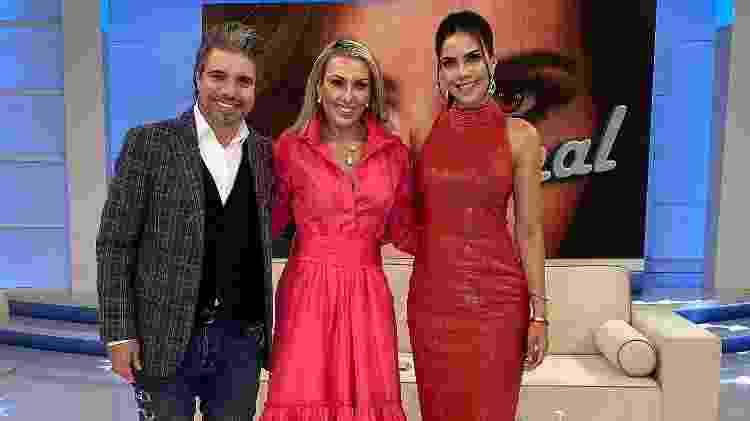 João Kleber, Mara Ferraz e Daniela Albuquerque - Divulgação/RedeTV! - Divulgação/RedeTV!