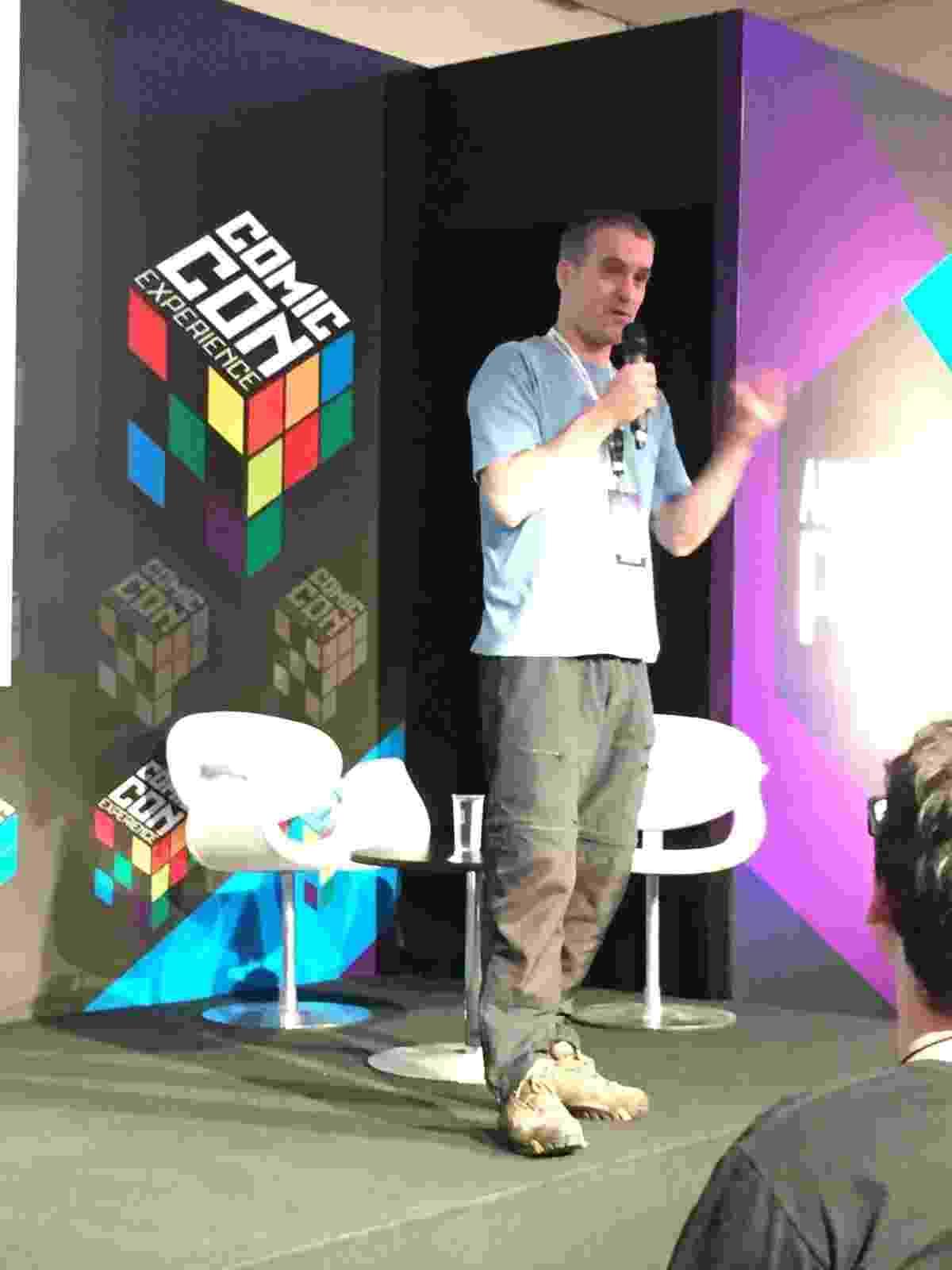 """6.dez.2015 - Alexandre Beck, criador da tirinha """"Armandinho"""", durante a Comic Con Experience - Felipe Cruz /UOL"""