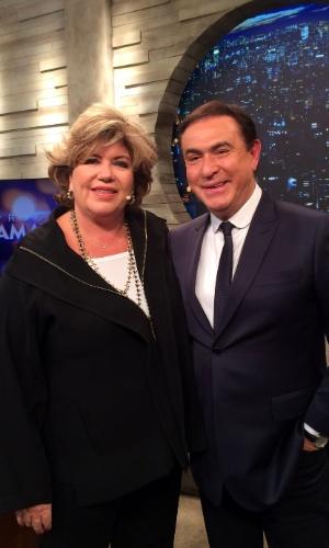 26.set.2016 - Silvia Poppovic é a convidada de Amaury Junior, no programa desta sexta-feira, na RedeTV!