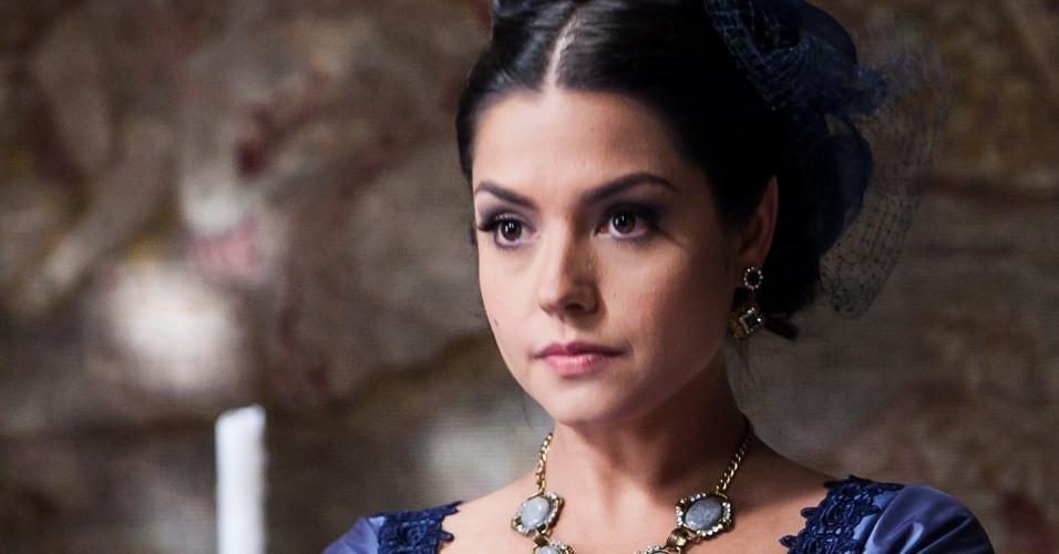 Vilã Isabel (Thais Fersoza) tira a vida de um dos escravos de sua fazenda em