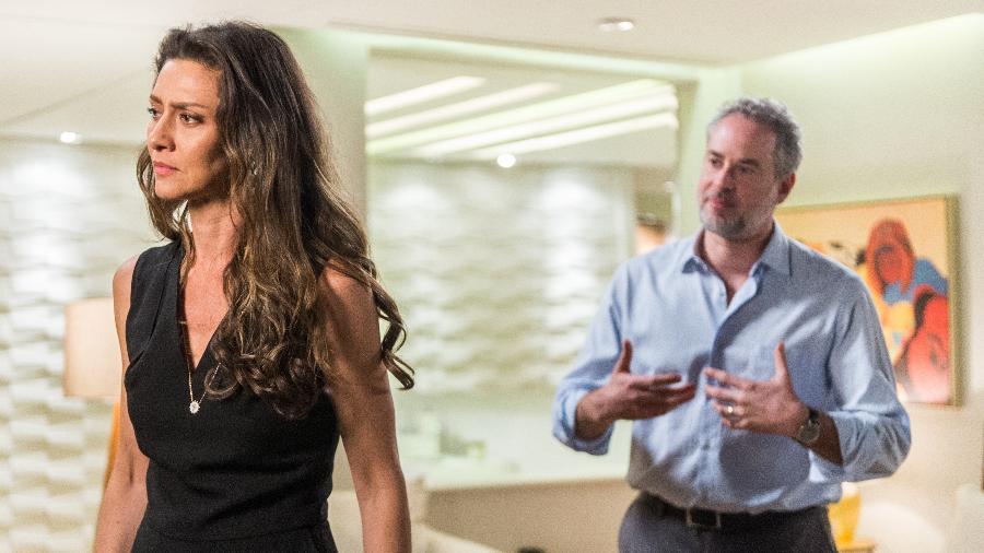 """Joyce (Maria Fernanda Cândido) descobre que Irene espera um bebê de Eugênio  (Dan Stulbach) em """"A Força do Querer"""" - Raquel Cunha/Divulgação/TV Globo"""